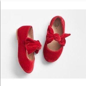 GAP Shoes - ❌ SOLD ❌ gap • red velvet ballet flats • size 6
